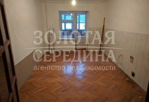 Продается 4 - комнатная квартира. Старый Оскол, Восточный м-н - Фото 1