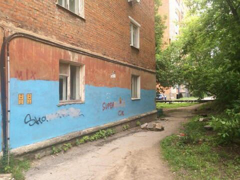 Трехкомнатная квартира 41кв. м. - Фото 2