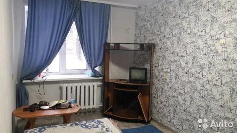 Комната 15 м в 1-к, 1/5 эт. - Фото 1