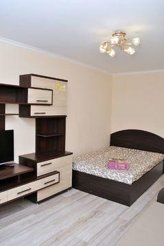 1-к.квартира посуточно в Киеве, проспект Оболонский 9 - Фото 1