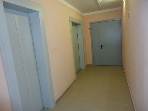 Трехкомнатная квартира в г. Серпухов - Фото 2