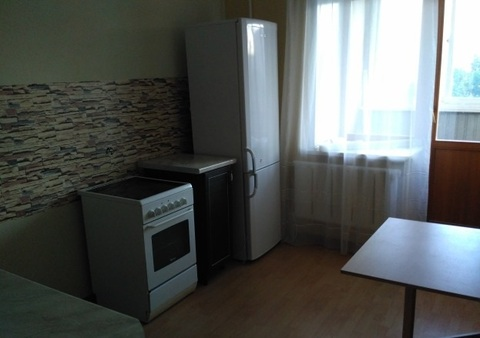 Бульвар Шубина 13а; 2-комнатная квартира стоимостью 20000 в месяц . - Фото 2