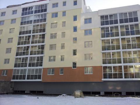 Квартира-студия 50кв.м.Уктус.Рощинская 37-А. - Фото 1