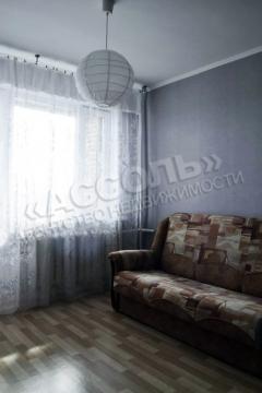 Однокомнатная квартира, улица Строителей, д.4 - Фото 1