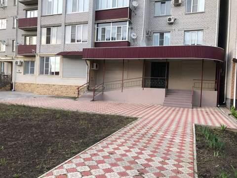Продам торговое помещение 236 кв.м Георгиевск - Фото 1