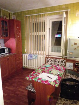 Продается 1-комнатная квартира в панельном доме - Фото 1