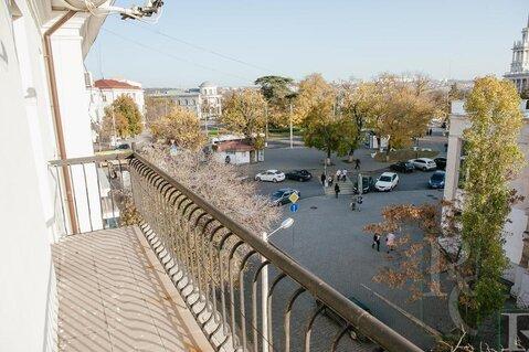 Продажа четырехкомнатной квартиры в центре Севастополя. Площадь . - Фото 1