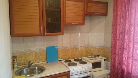 Посуточно чистая и просторная квартира в центре г.Братска. - Фото 1