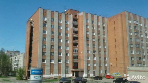 Продается комната 14 м2. ул Нефтяников 3.к.2 - Фото 1