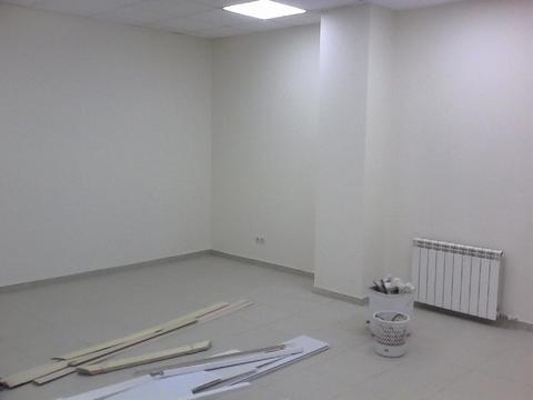 Сдается помещение 92 кв.м. На первом этаже с отдельным входом - Фото 1