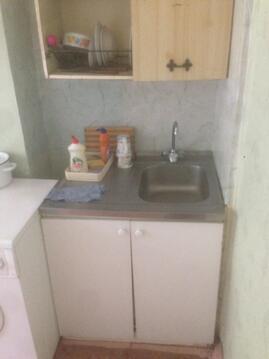 Продам комнату в трёхкомнатной квартире - Фото 4