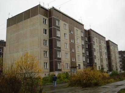 Меняю 3-х комнатная квартира улучшенной планировки в спальном районе - Фото 1
