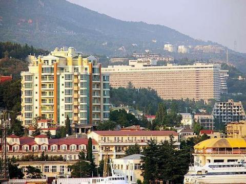 Апартаменты с прекрасным видом в историческом центре Ялты! - Фото 5