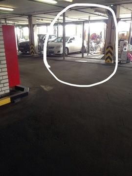 Отдельно огороженное машиноместо в отапливаемом паркинге - Фото 4