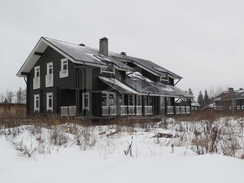 Новый коттедж в сформированном коттеджном поселке в окружении леса! . - Фото 2