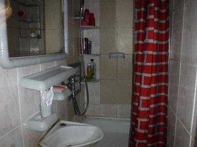 Продаётся 1 комната на 2-м этаже 2-этажного кирпичного дома. - Фото 5