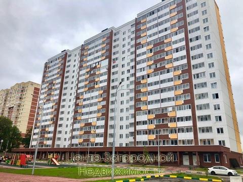 Трехкомнатная Квартира Область, улица Лукино, д.51а, Щелковская, до 15 . - Фото 1