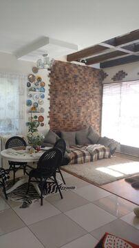 Уютный новый дом с дизайнерским ремонтом для небольшой семьи - Фото 2