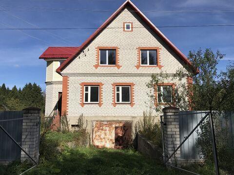 Большой дом в деревне, 3 этажа. - Фото 1