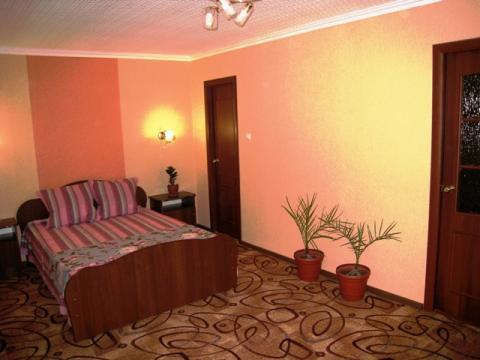 2х комнатная квартира Люкс посуточно в центре Магнитогорска - Фото 1