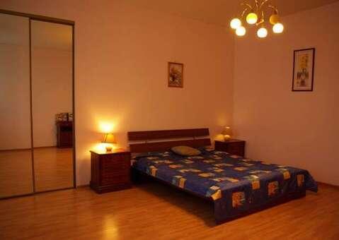 Квартира ул. Бахчиванджи 10, Аренда квартир в Екатеринбурге, ID объекта - 321284380 - Фото 1