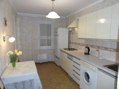 Сдается 2 комнатная квартира по ул. Н. Музыки, 38 - Фото 1