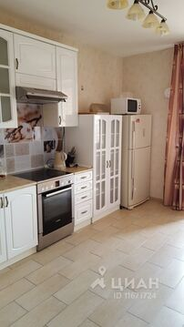Аренда квартиры, Старый Оскол, 23 - Фото 1