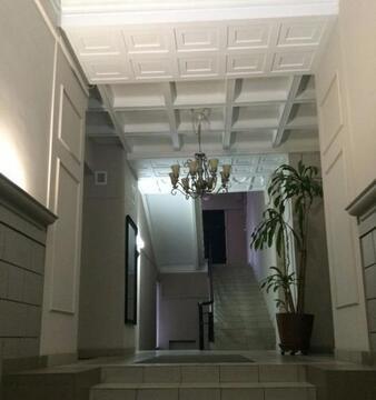 Продаётся эксклюзивная пятикомнатная квартира в историческом центре. - Фото 2