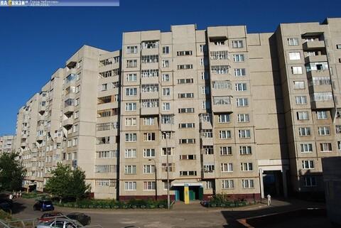 Продам 1 квартиру с типовым ремонтом в нюр рядом школа и детсады
