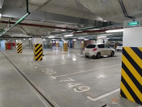 Машиноместо в ЖК Ultra City, подземный паркинг, место возле лифта - Фото 2