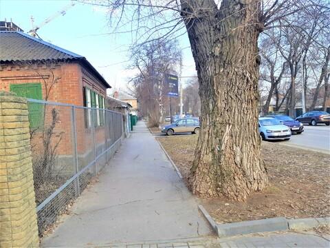 На проспекте Ленина 13 соток(район пл.Страны Советов)-проезжая часть