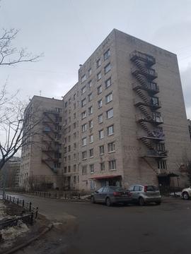 Объявление №48020025: Продаю комнату в 8 комнатной квартире. Санкт-Петербург, ул. Беринга, 32 к3,