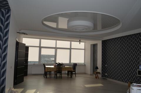 3-комнатная квартира в центре Ялты, Купить квартиру в Ялте по недорогой цене, ID объекта - 314372997 - Фото 1