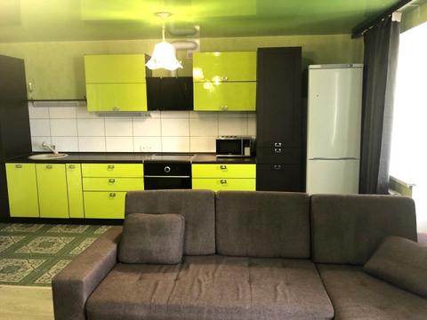 Продаётся отличная двухкомнатная квартира по ул. Бородина 4 - Фото 1