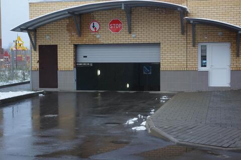 Машино места 13.2м2. в подземном паркинге в г.Жуковский, ул.Солнечная - Фото 1