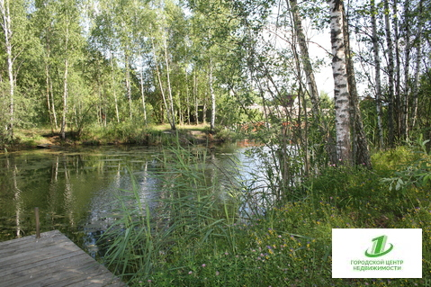 Дача в шикарном месте с индивидуальным спуском к воде - Фото 1