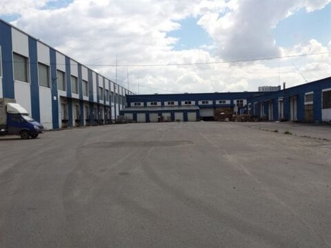 Сдам складское помещение 703 кв.м, м. Бухарестская - Фото 1