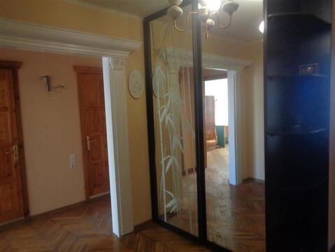 Улица Барашева 5; 3-комнатная квартира стоимостью 17000 в месяц . - Фото 1
