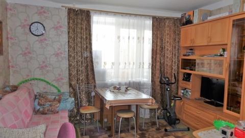 Комната 17,6 кв.м. в 4-х комнатной квартире на Серова, 3. - Фото 2
