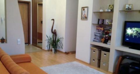 Сдается 2-ух комнатная квартира - Фото 1