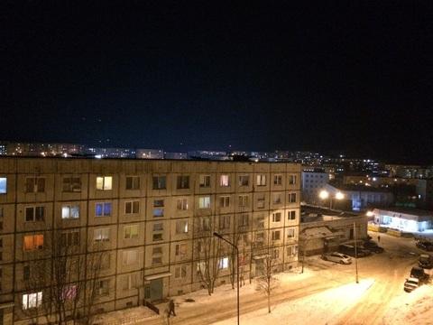 Продам квартиру из двух комнат по улице Приморской, дом 17 - Фото 1
