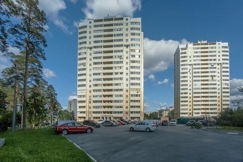 1-комн. кв. 33 м2, этаж 8/18 ул. Билимбаевская, 39 - Фото 1
