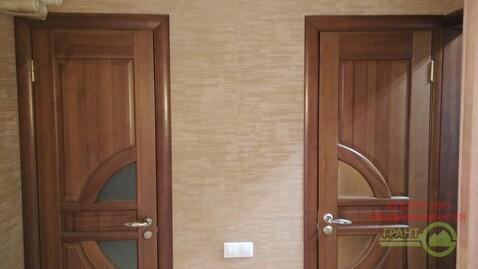 Трехкомнатная квартира с дизайнерским ремонтом в районе Семейного ., Купить квартиру в Белгороде по недорогой цене, ID объекта - 320813254 - Фото 1