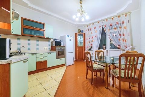3-комнатная квартира 115 кв.м. 4/5 кирп на Чистопольская, д.26 - Фото 1