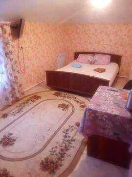 Сдаю в аренду посуточно одну комнату 30 м2 - Фото 1