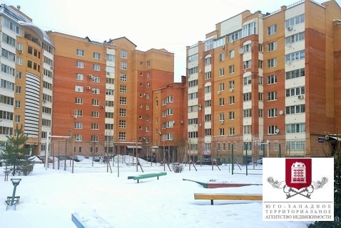 Продажа 2-комн. квартиры, 72 м2, этаж 2 из 7 - Фото 2