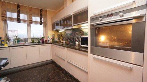 Купить квартиру в Новороссийске, трехкомнатная с ремонтом, монолит. - Фото 2