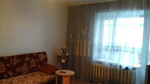 Срочно сдам 2-х комнатную квартиру по ул. Пешехонова, 3 - Фото 1
