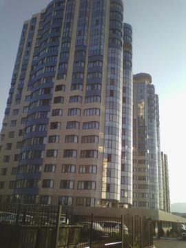 Купить видовую однокомнатную квартиру 59 кв.м. в Новороссийске - Фото 1