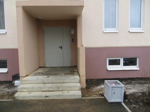 Продам двухкомнатную квартиру в номом доме в Коммунаре - Фото 4